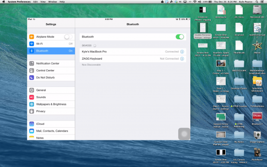 iPad Screen Mirrored via AirPlay and Bluetooth to MacBook with Reflector